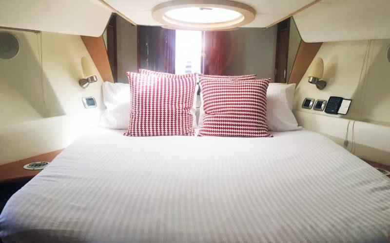 astondoa-43-master-cabin-0__astondoa-43