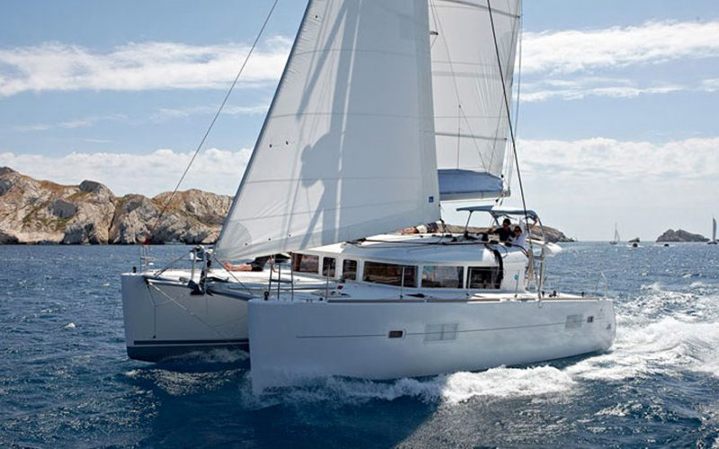 cat-lag-400-on-speed-0__catamaran-lagoon-400-s2-12m