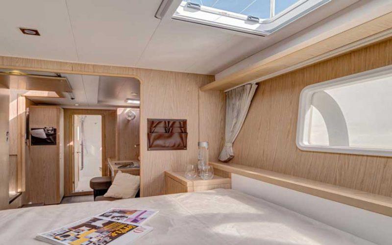 cat-lag-bed2-0__catamaran-lagoon-400-s2-12m