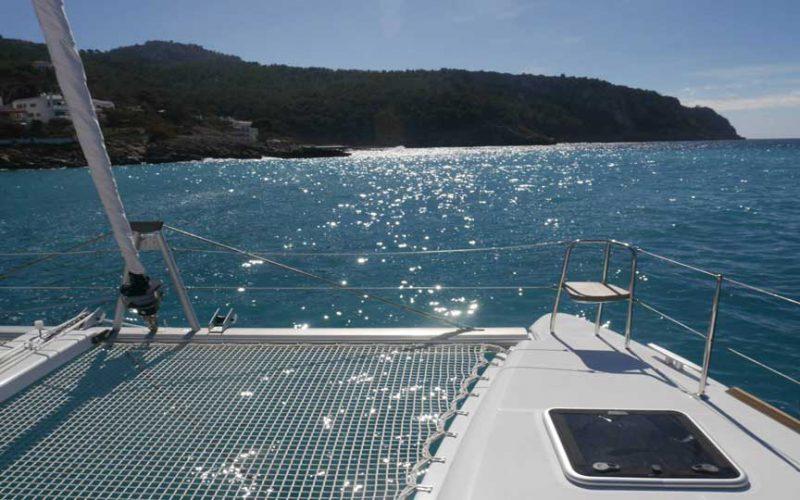cat-lag-sunbed-0__catamaran-lagoon-400-s2-12m