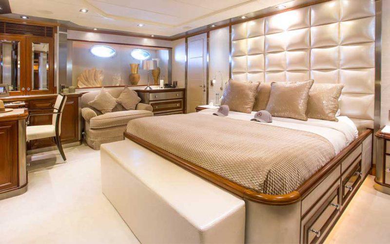 palmer-johnson-master-cabin1-0__palmer-johnson-119