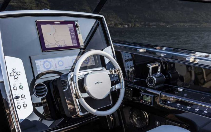 riva-56-steering-0__riva-rivale-56