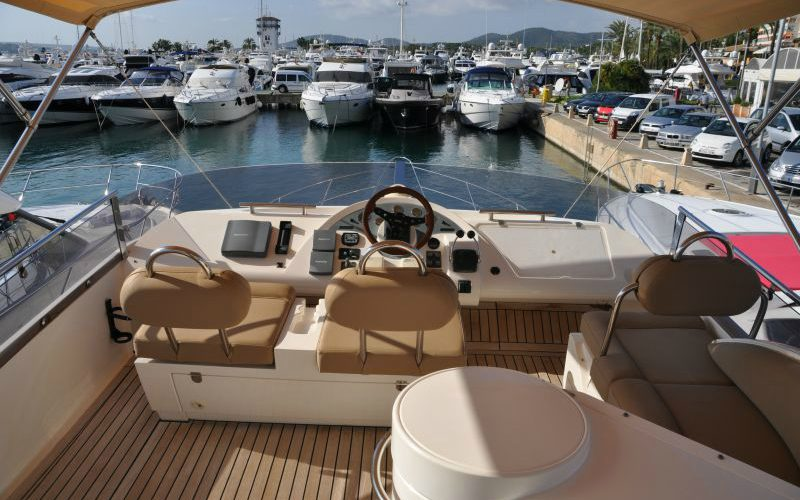 xfs-960x540-s80-tranquilo-fly-helm-0__fairline-phantom-50