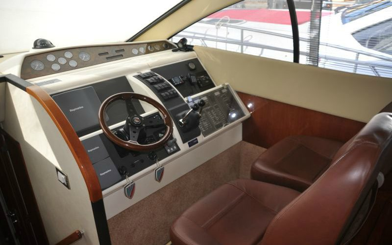 xfs-960x540-s80-tranquilo-helm-station-0__fairline-phantom-50