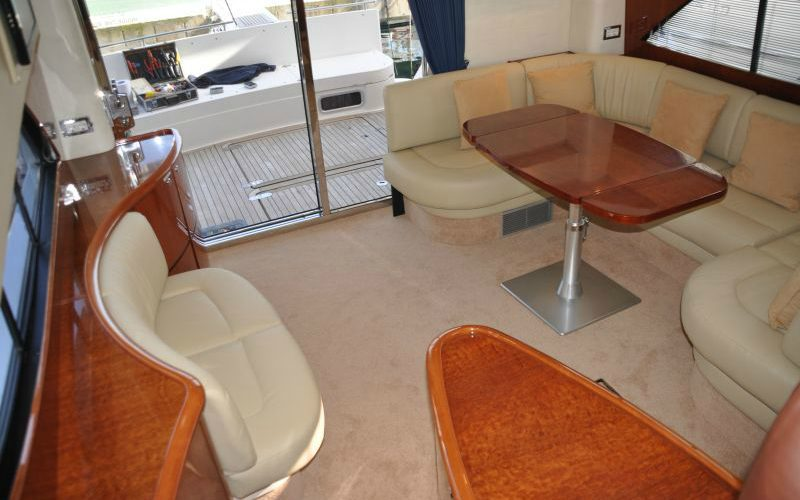 xfs-960x540-s80-tranquilo-saloon-1-0__fairline-phantom-50