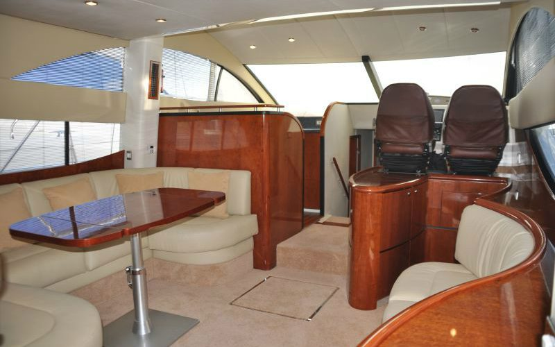 xfs-960x540-s80-tranquilo-saloon-2-0__fairline-phantom-50
