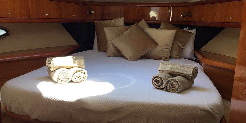 Camargue 50 - bedroom 1 Money Penny