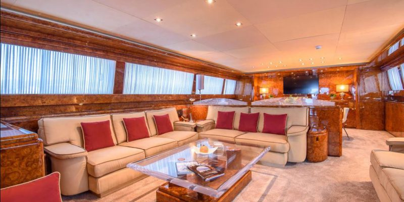 Mondomarine_120_saloon