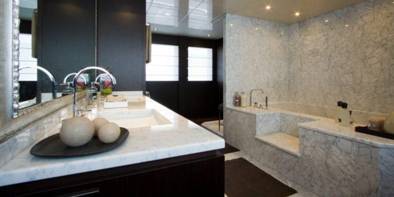 Tecnomar44_bathroom