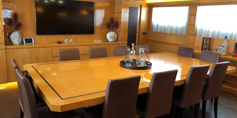 Tecnomar44_dining_table