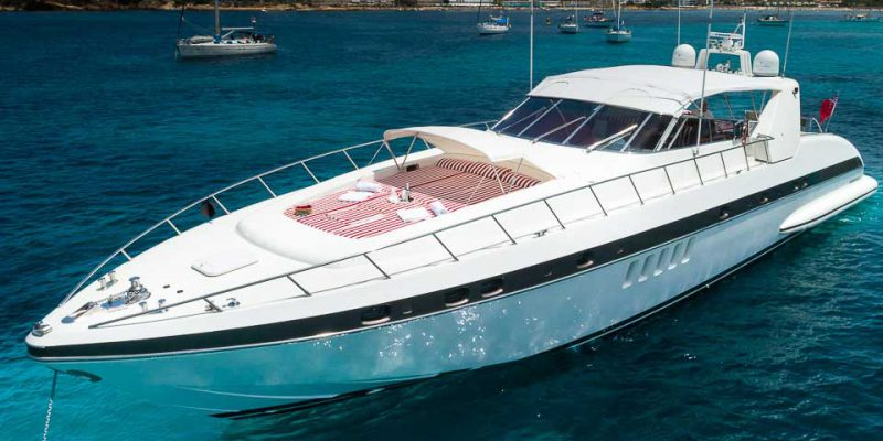 mangusta-80-on-anchor-0__mangusta-80