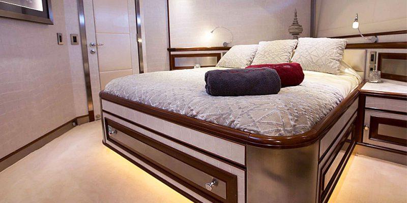 master-cabin-0__palmer-johnson-119