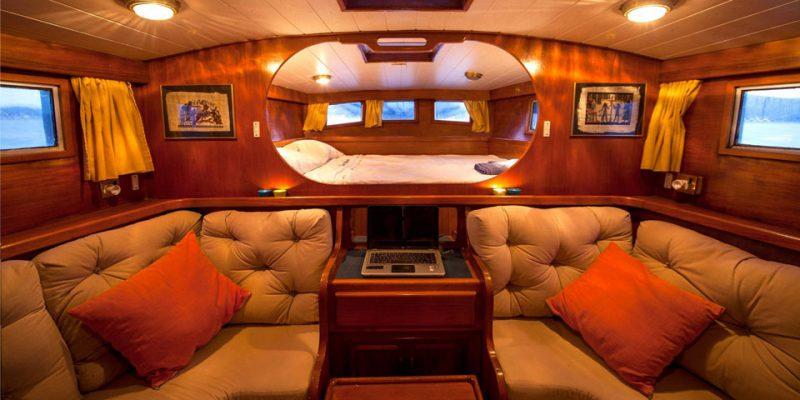 sailing-22m-master-cabin-0__classic-sailing-yacht-22m