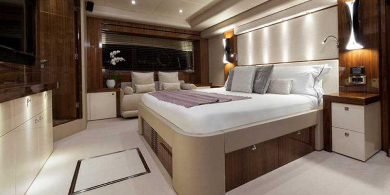 ss-28-masterbed-0__sunseeker-28