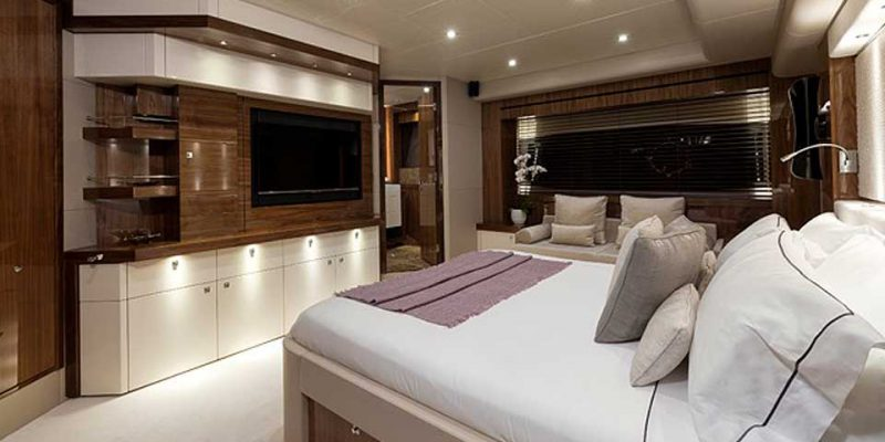 ss-28-masterbed-2-0__sunseeker-28