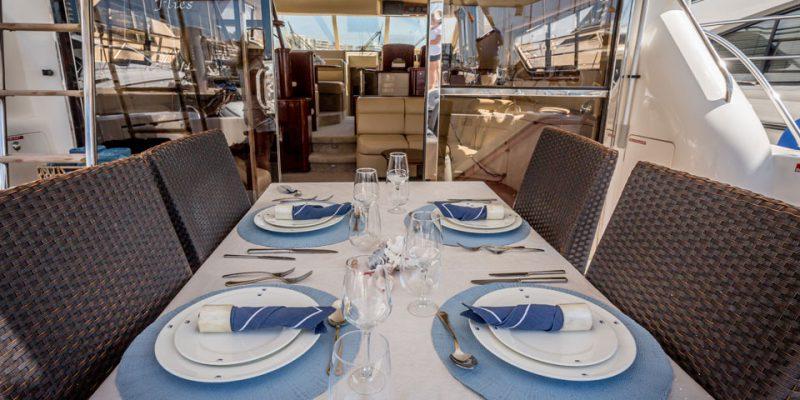 stern-dining-table-0__princess-60