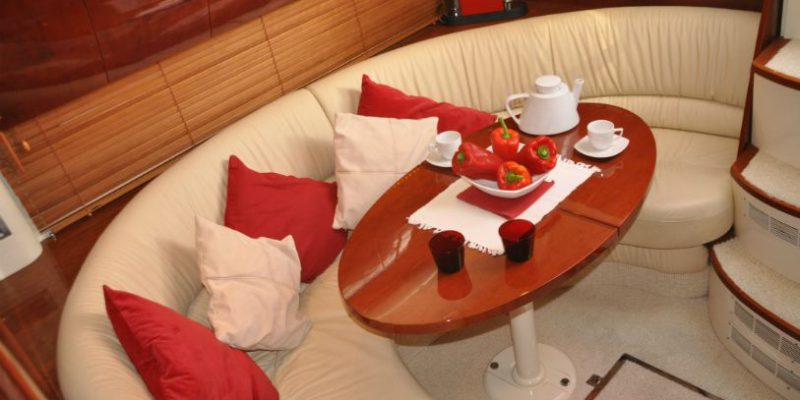 xfs-960x540-s80-red-pepper-saloon-0__fairline-targa-43