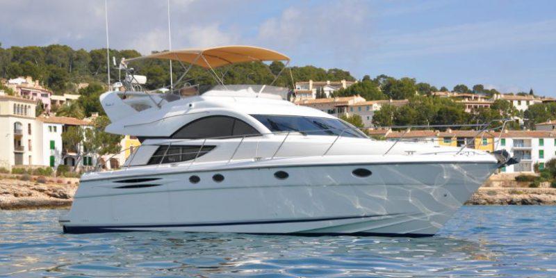 xfs-960x540-s80-tranquilo-starboard-quarter-0__fairline-phantom-50